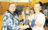 Rochow-Recken holen den Pokal